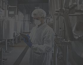 contract chemical engineer working in a lab