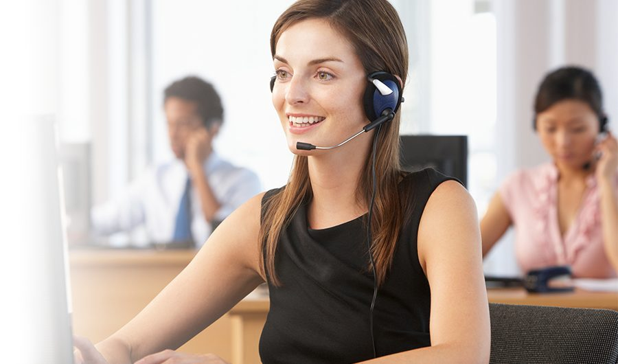 contract customer service specialist on the phone
